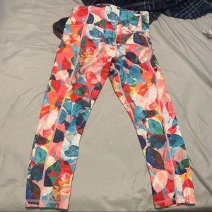 Zyia size 6-8 leggings